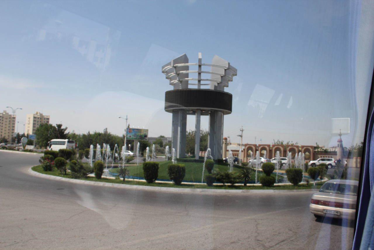 トルクメニスタンの旅(14) アシハバードからマリィへ_c0011649_05583450.jpg