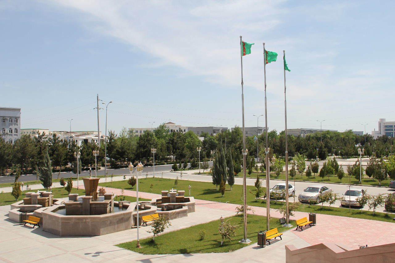 トルクメニスタンの旅(14) アシハバードからマリィへ_c0011649_06020422.jpg
