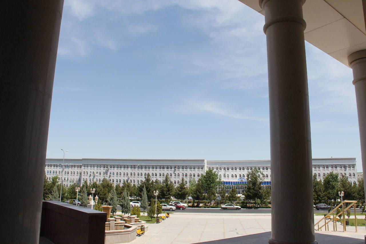 トルクメニスタンの旅(14) アシハバードからマリィへ_c0011649_13050634.jpg