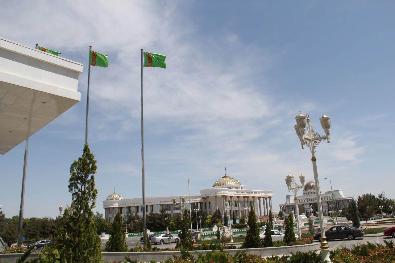 トルクメニスタンの旅(14) アシハバードからマリィへ_c0011649_13144488.jpg