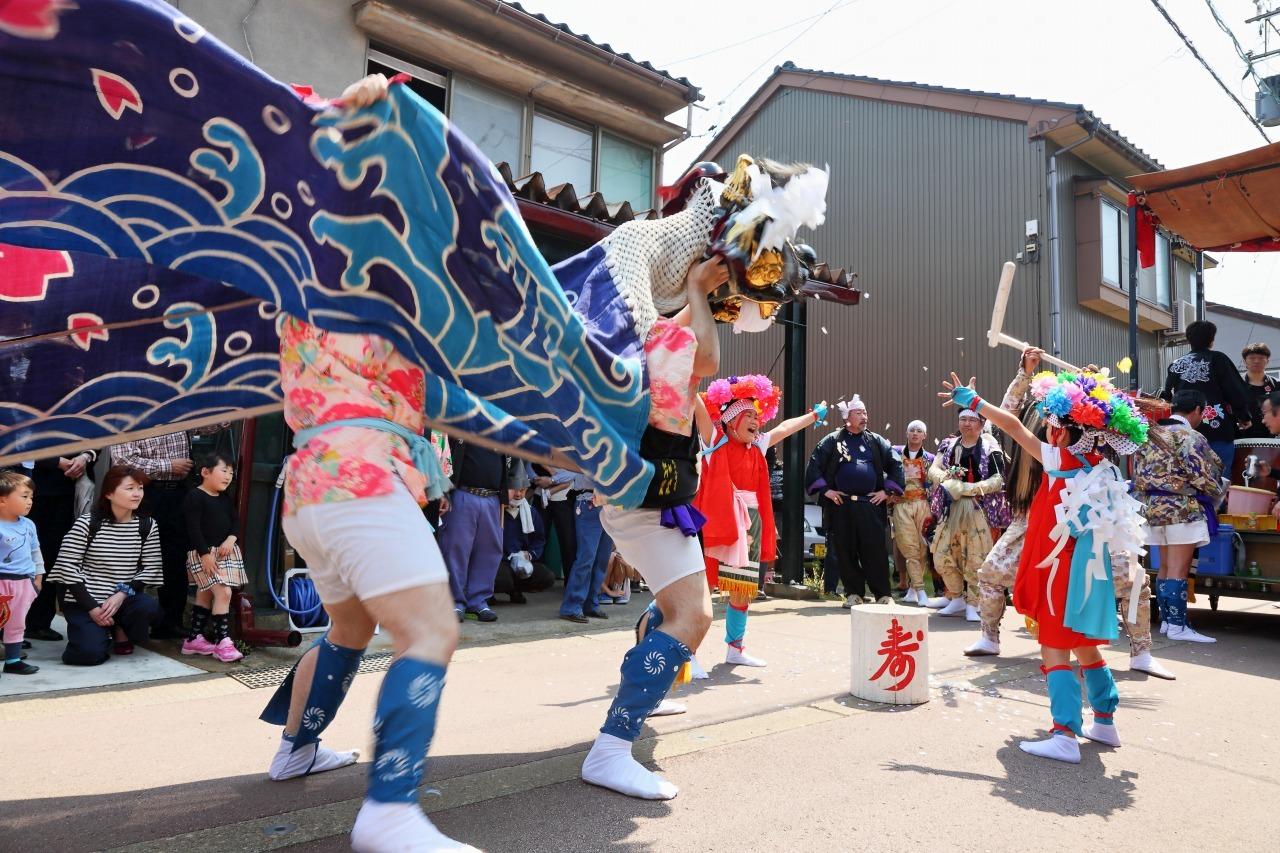六渡寺の獅子舞 その1_c0196076_00415579.jpg