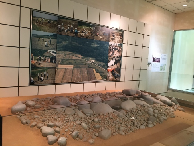おすすめ観光スポット「古墳群と歴史民俗資料館」_d0182179_19403212.jpg