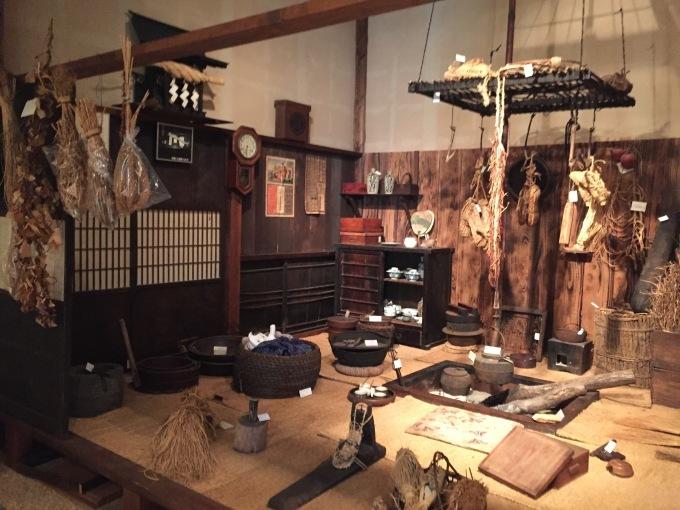 おすすめ観光スポット「古墳群と歴史民俗資料館」_d0182179_20202901.jpg