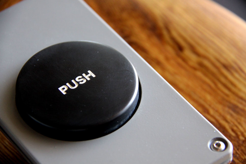 PUSH スイッチ と発注に関して_e0228408_17073720.jpg