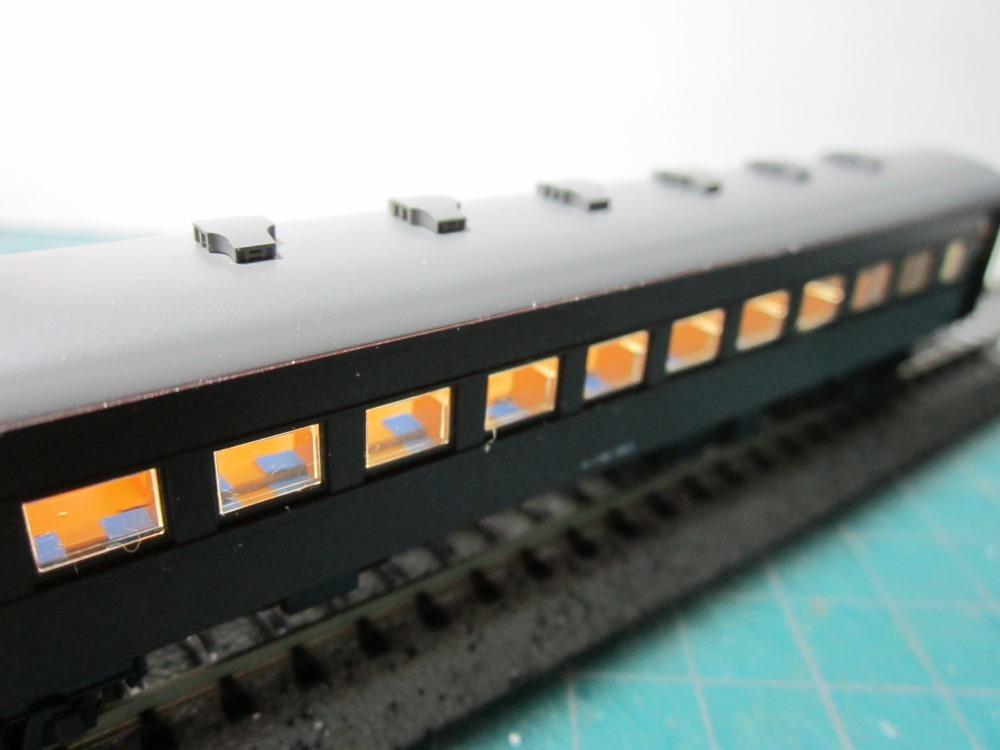 KATO オハ61系客車(特別企画品)をイジろう その2_e0120143_13053728.jpg