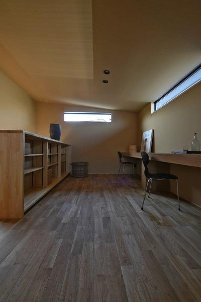 Case Study House が出来るまで 1 /本の家。 _a0299347_17205728.jpg