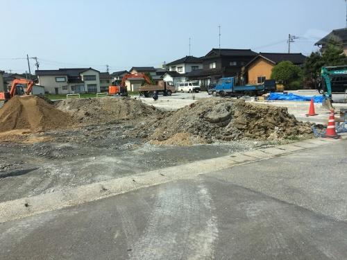 「土地の購入申込」@津幡_b0112351_16185287.jpg