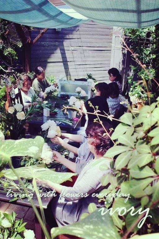 『昨日の花教室から〜♬』_b0094378_21020925.jpg