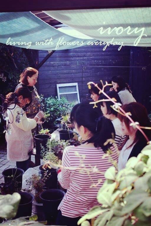 『昨日の花教室から〜♬』_b0094378_21023336.jpg