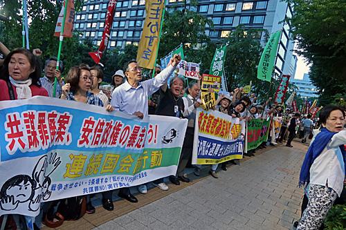 共謀罪反対 墓場の美子ちゃん カメコレ_a0188487_11293249.jpg