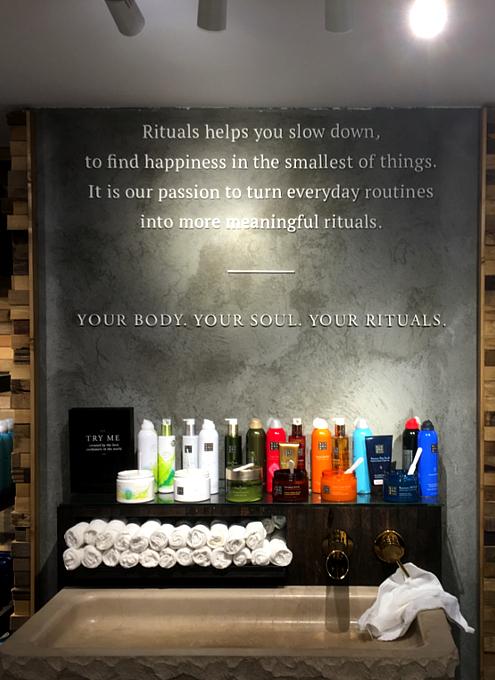 サムライ・シャンプーはいかがでしょう? RITUALS Home & Body Cosmetics_b0007805_23442477.jpg