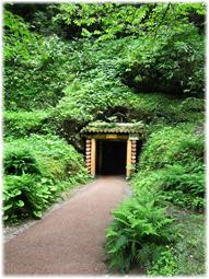 温泉津から石見銀山へ(追記)_d0221430_21123029.jpg