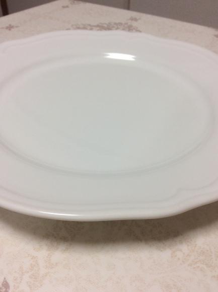 どんなお皿なら1枚で無駄なく使えるのか?断捨離するためのお皿選び。_a0188838_00384926.jpg