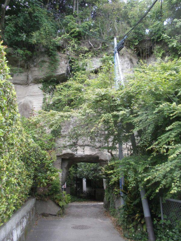 2千万円の散財問う住民監査請求提出:緑の洞門通行禁止_c0014967_2036933.jpg