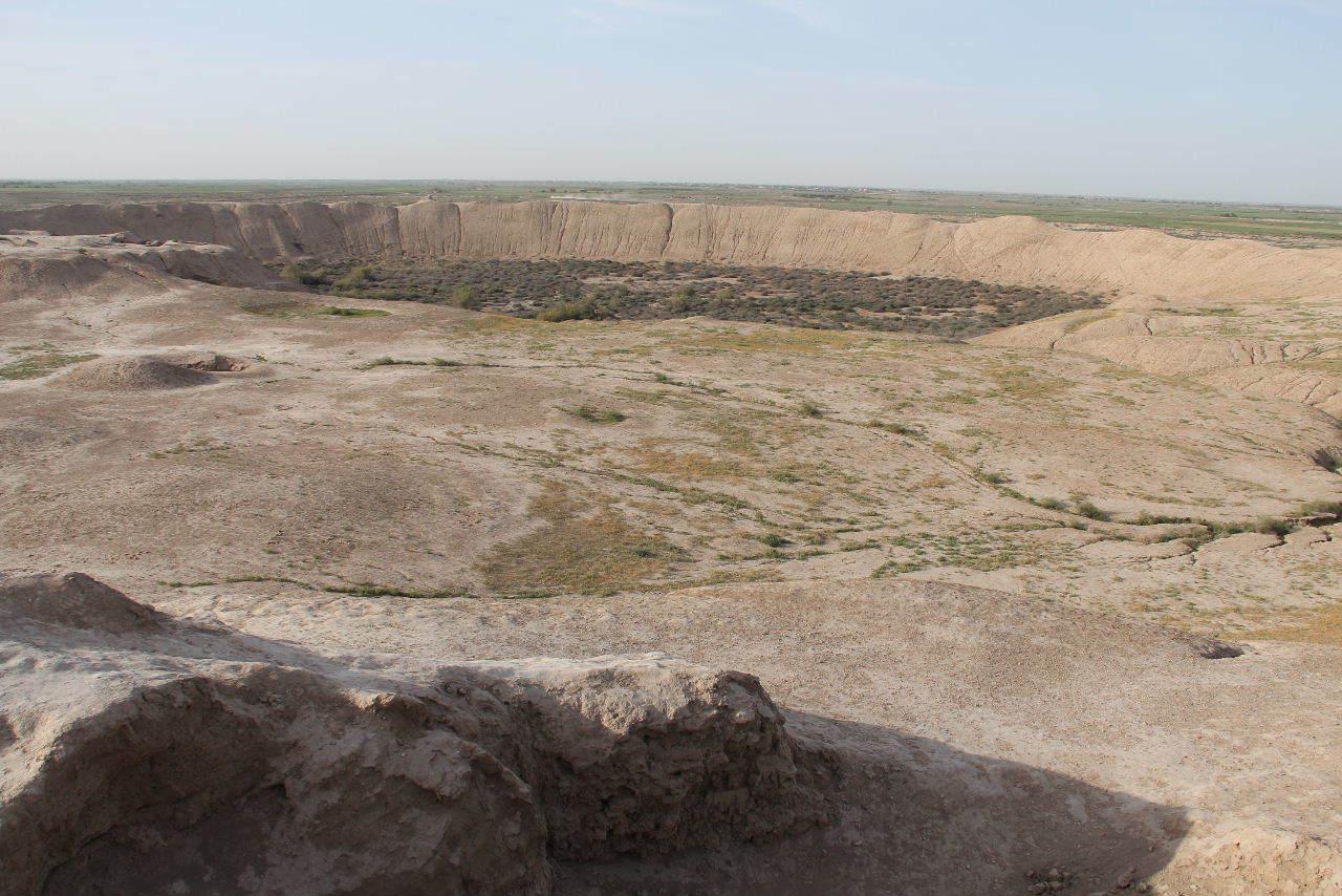トルクメニスタンの旅(16)  世界遺産メルブ遺跡の概観と歴史_c0011649_15101300.jpg