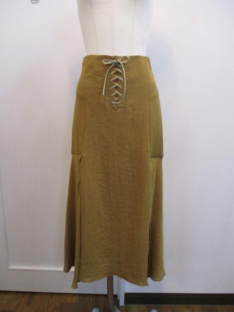 トゥデイフル TODAYFUL   Lace Up Slit Skirt_e0076692_19240612.jpg