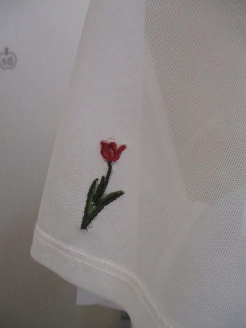 リリーブラウン Lily Brown フラワー刺繍カットトップス_e0076692_19322695.jpg