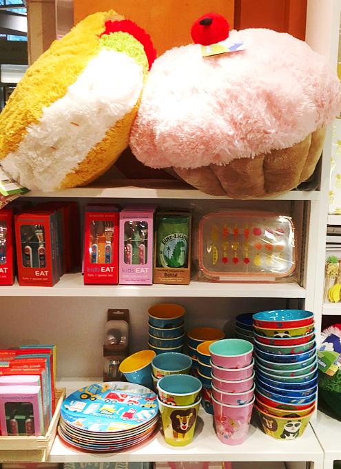 NYらしい可愛い雑貨屋さん、E.A.T. Gifts_b0007805_1054571.jpg
