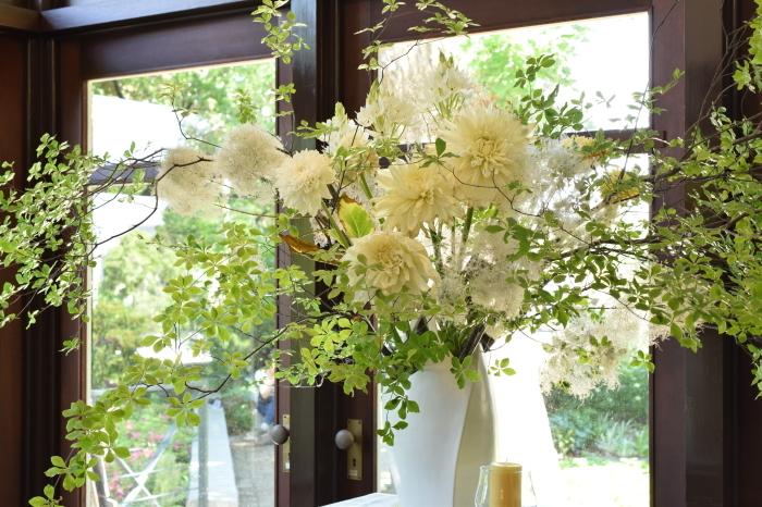 花と器のハーモニー 前編_a0354912_20500011.jpg