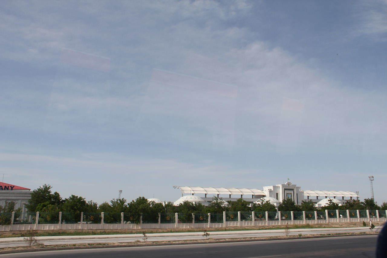 トルクメニスタンの旅(17) 世界遺産メルブ遺跡 キズカラ_c0011649_12530815.jpg