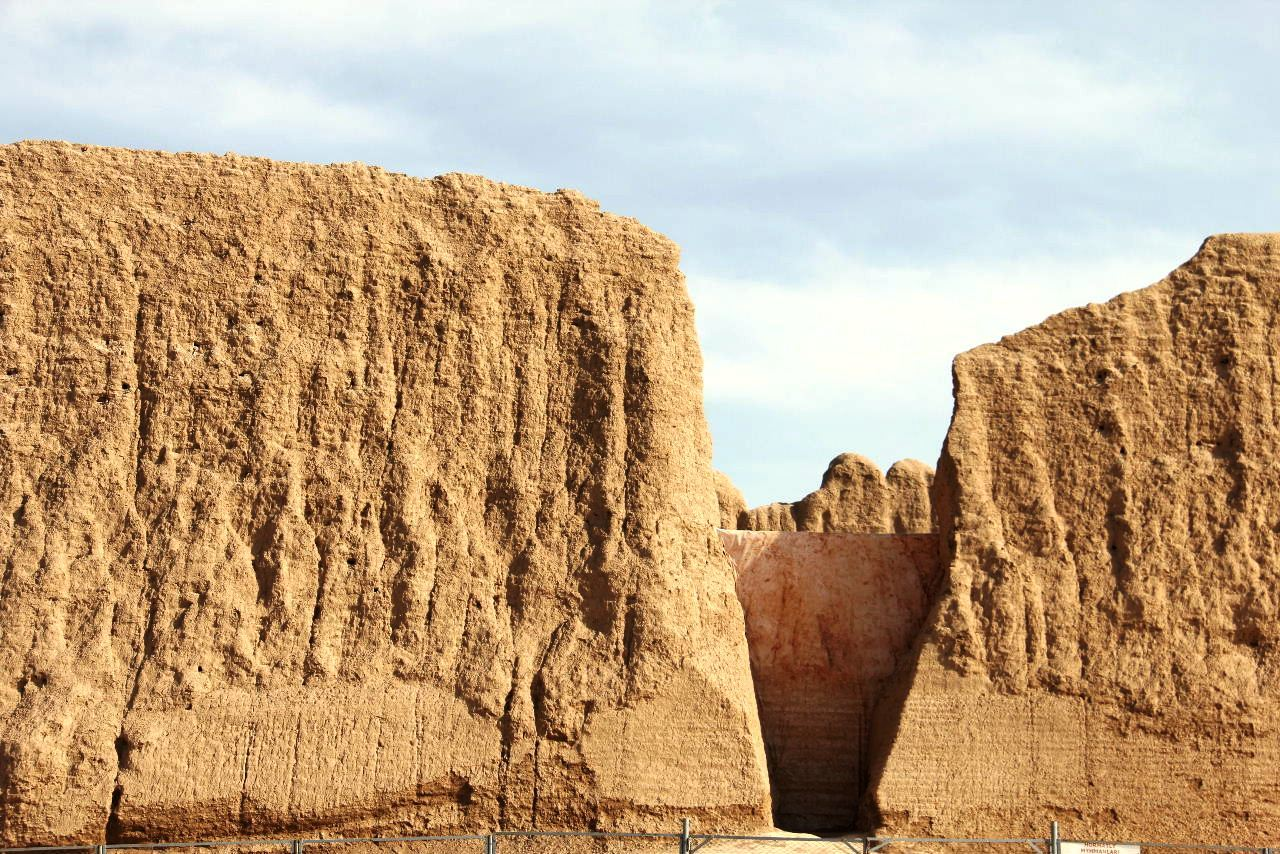 トルクメニスタンの旅(17) 世界遺産メルブ遺跡 キズカラ_c0011649_12592653.jpg