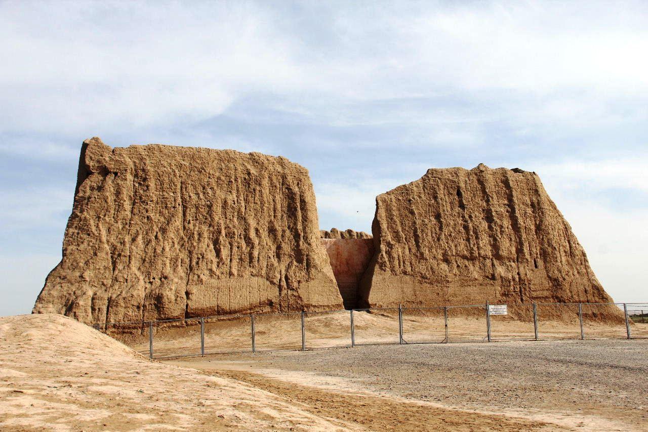 トルクメニスタンの旅(17) 世界遺産メルブ遺跡 キズカラ_c0011649_13004098.jpg