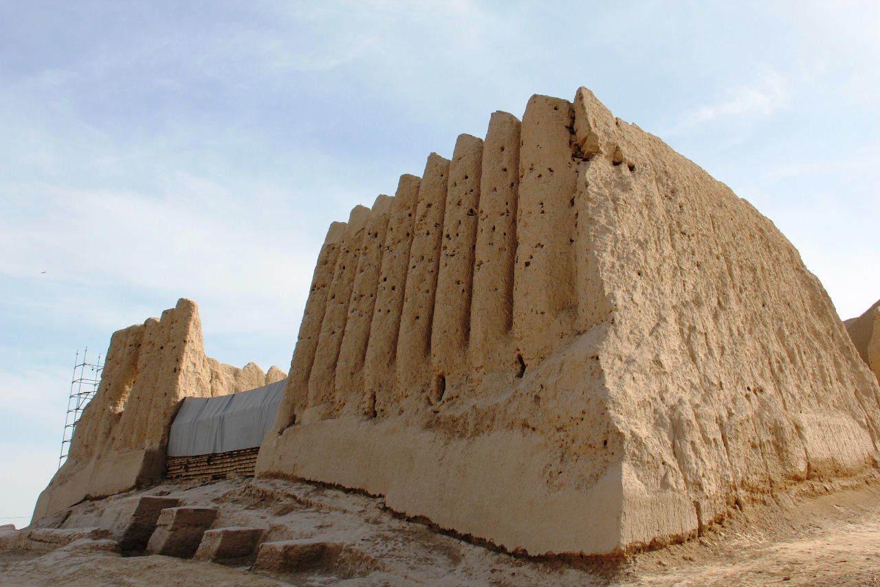 トルクメニスタンの旅(17) 世界遺産メルブ遺跡 キズカラ_c0011649_13050203.jpg