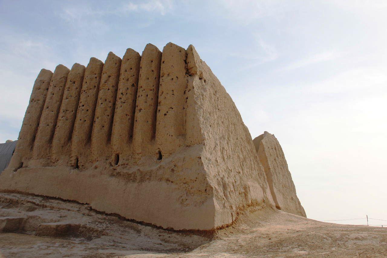 トルクメニスタンの旅(17) 世界遺産メルブ遺跡 キズカラ_c0011649_13053345.jpg