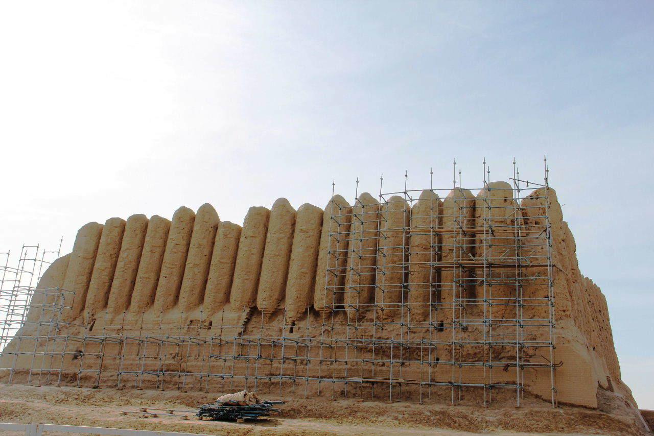 トルクメニスタンの旅(17) 世界遺産メルブ遺跡 キズカラ_c0011649_13071589.jpg