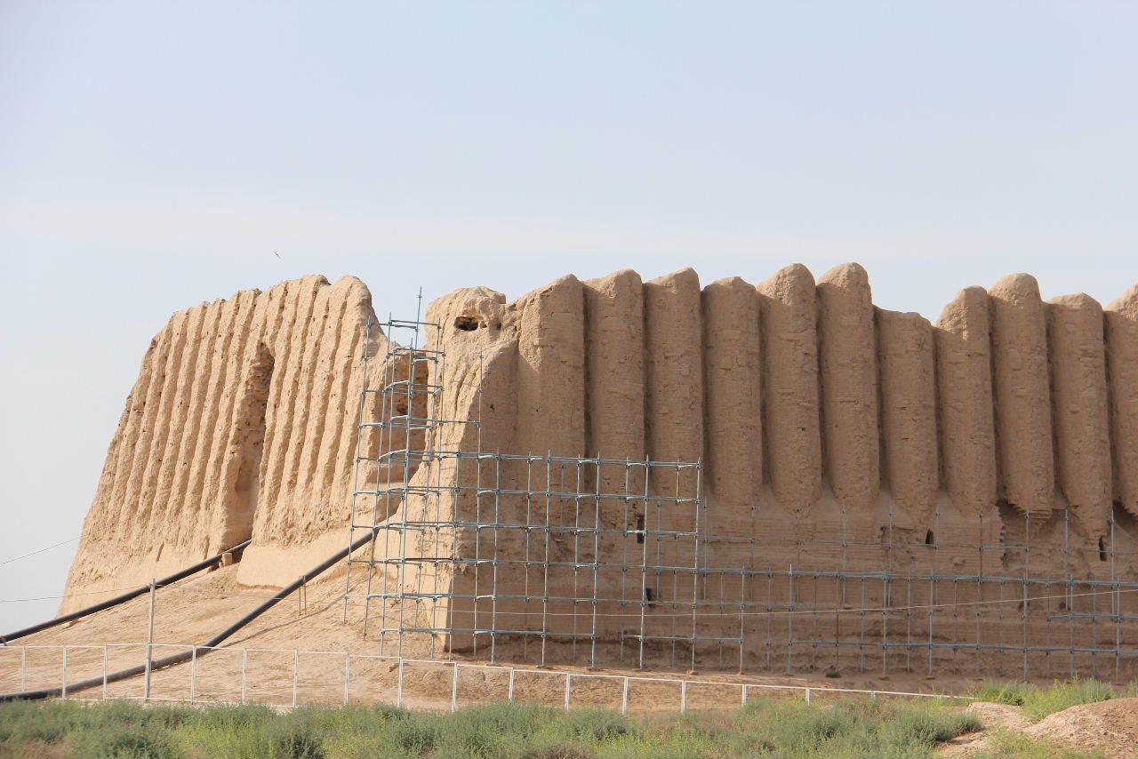 トルクメニスタンの旅(17) 世界遺産メルブ遺跡 キズカラ_c0011649_13074633.jpg
