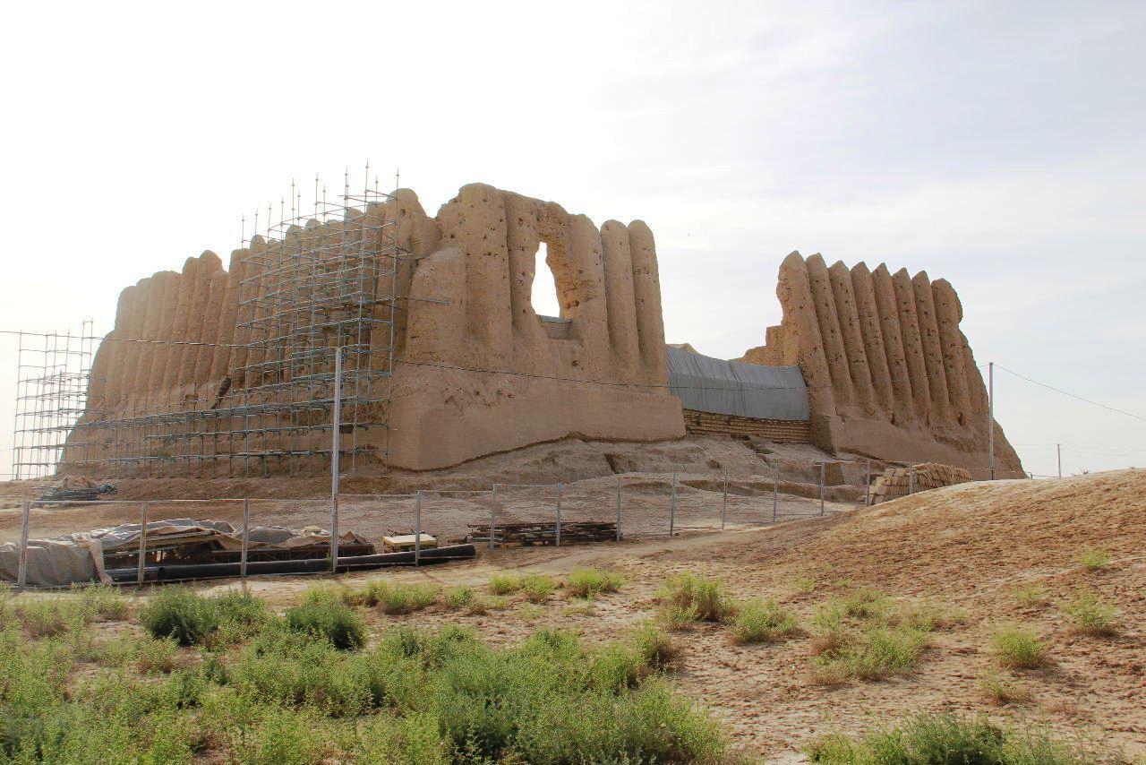 トルクメニスタンの旅(17) 世界遺産メルブ遺跡 キズカラ_c0011649_13083130.jpg
