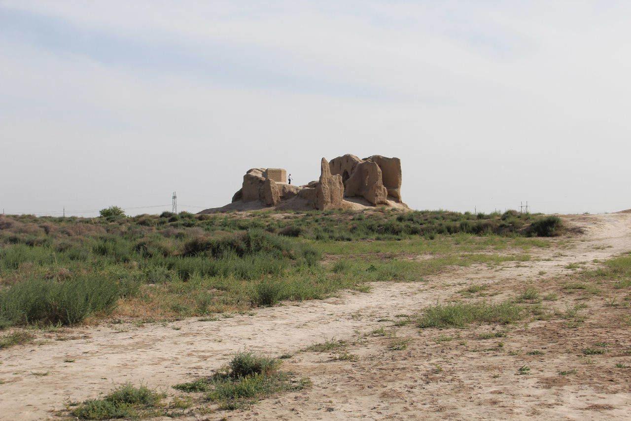 トルクメニスタンの旅(17) 世界遺産メルブ遺跡 キズカラ_c0011649_13272289.jpg