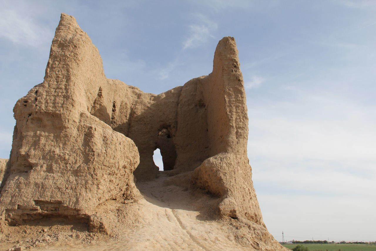 トルクメニスタンの旅(17) 世界遺産メルブ遺跡 キズカラ_c0011649_13280048.jpg