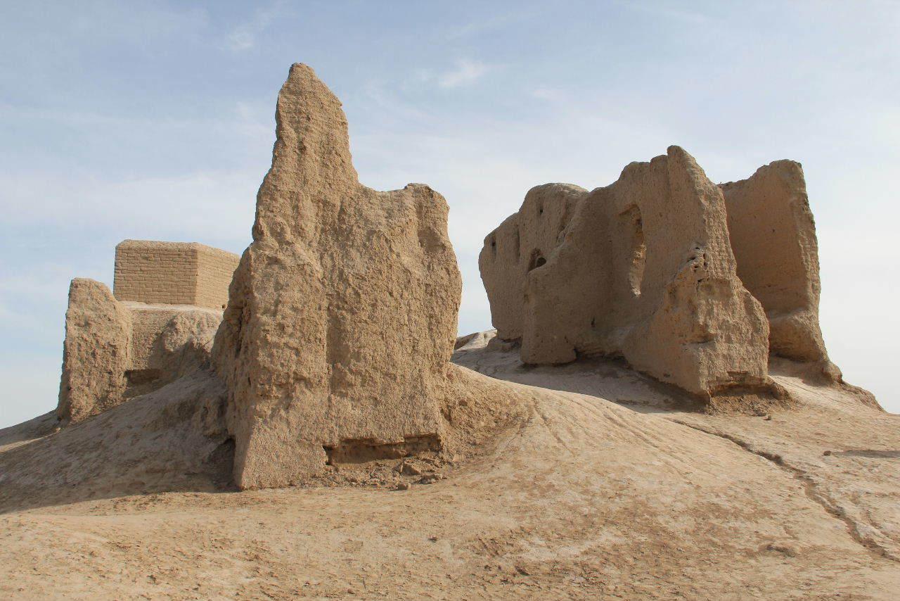 トルクメニスタンの旅(17) 世界遺産メルブ遺跡 キズカラ_c0011649_13344872.jpg