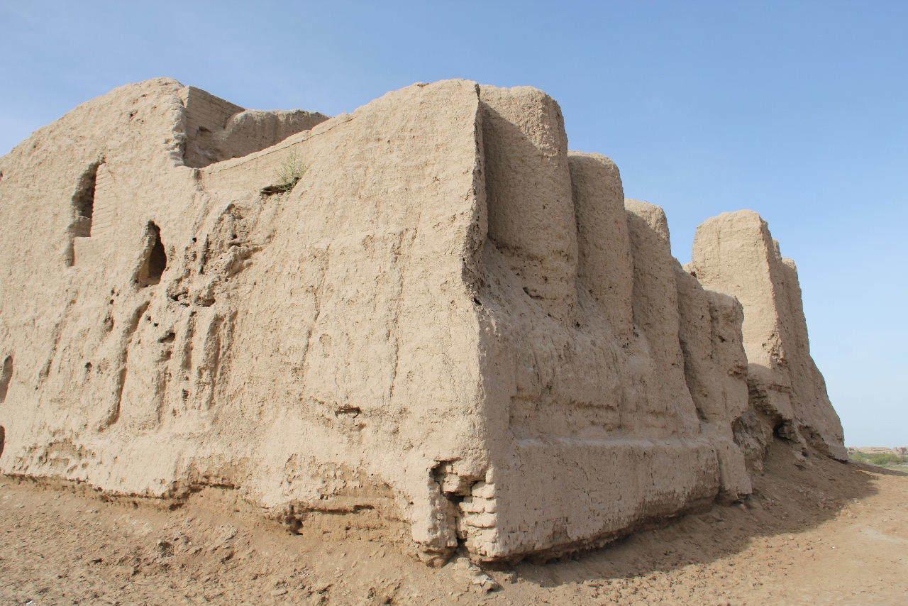 トルクメニスタンの旅(17) 世界遺産メルブ遺跡 キズカラ_c0011649_13393651.jpg