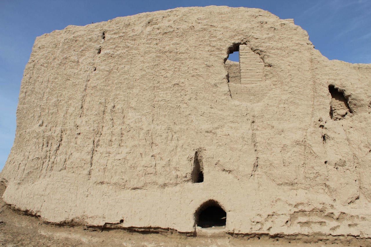 トルクメニスタンの旅(17) 世界遺産メルブ遺跡 キズカラ_c0011649_13395881.jpg