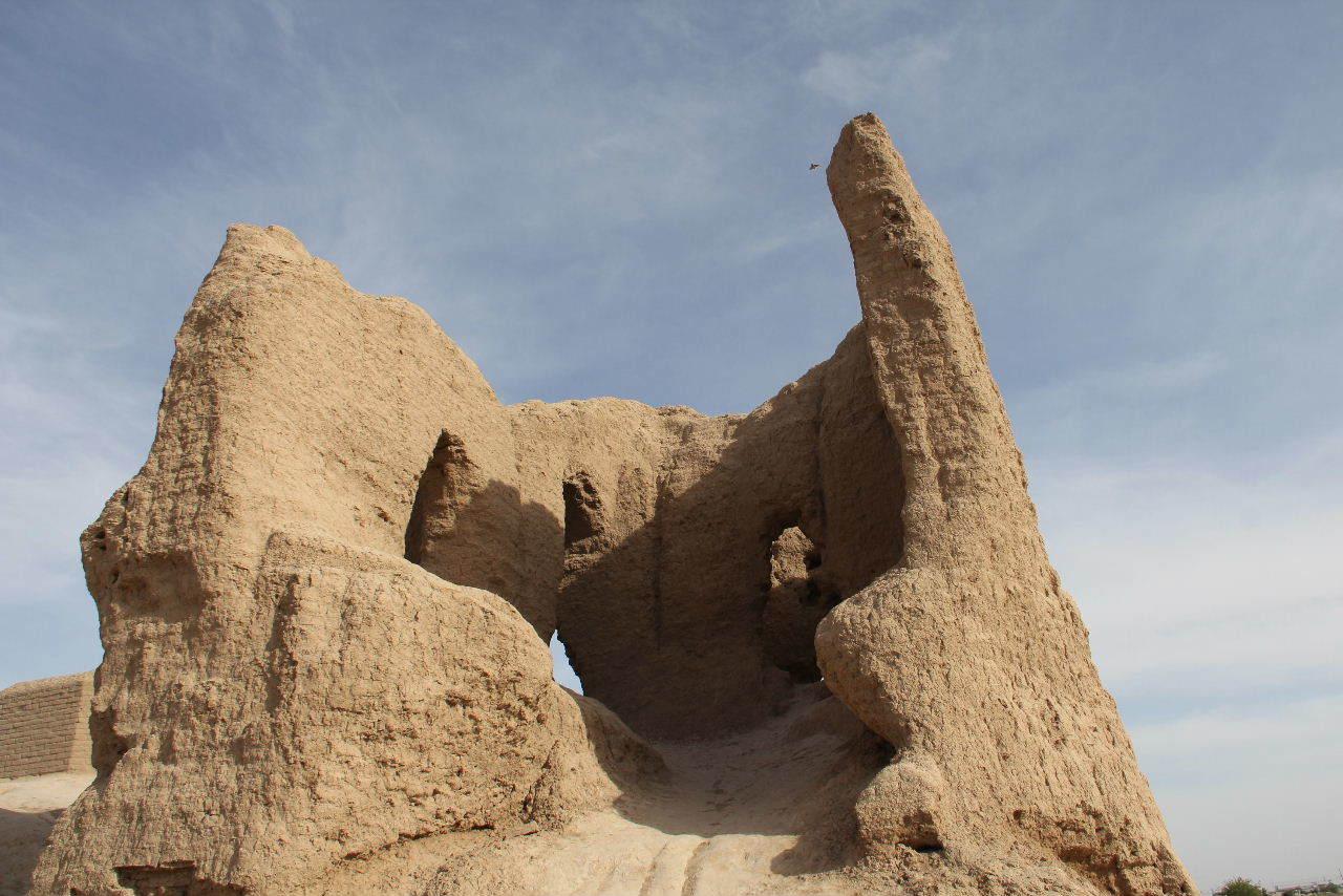 トルクメニスタンの旅(17) 世界遺産メルブ遺跡 キズカラ_c0011649_13405091.jpg