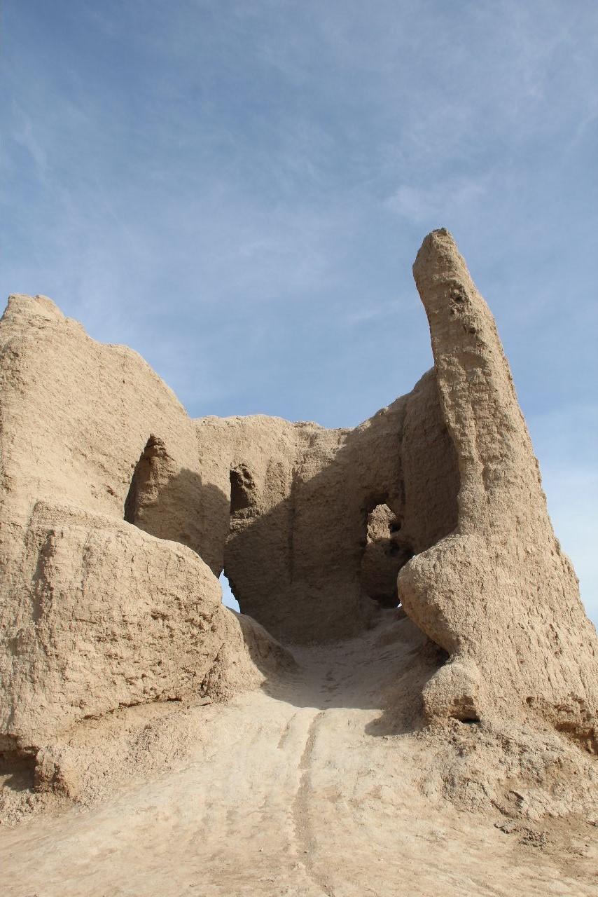 トルクメニスタンの旅(17) 世界遺産メルブ遺跡 キズカラ_c0011649_13413820.jpg
