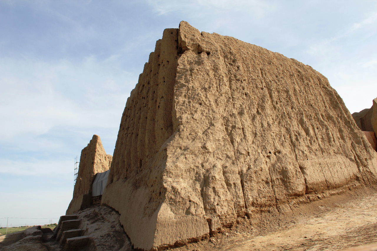 トルクメニスタンの旅(18) メルブ遺跡 エルク・カラ、グヤウル・カラ_c0011649_23274318.jpg