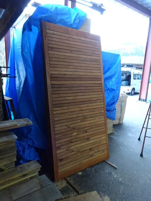 木造ガレージを造る  続き _f0105112_4432133.jpg