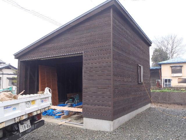 木造ガレージを造る  続き _f0105112_4453391.jpg