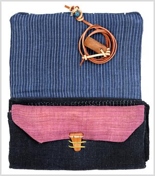 148番 南部麻の長財布 ~お気に入りの布~_d0221430_22342625.jpg
