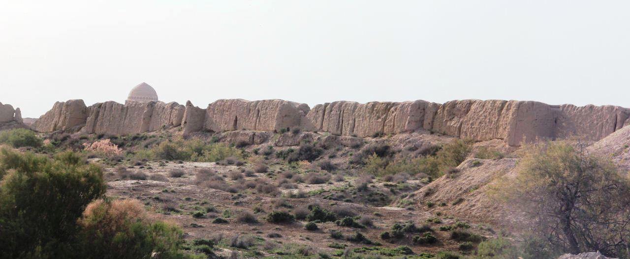 トルクメニスタンの旅(18) メルブ遺跡 エルク・カラ、グヤウル・カラ_c0011649_13501164.jpg