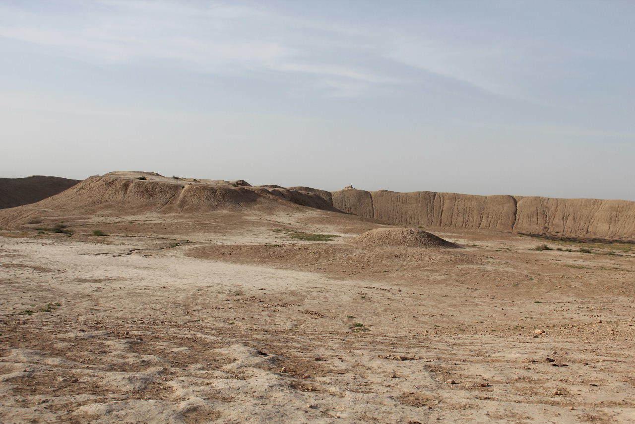 トルクメニスタンの旅(18) メルブ遺跡 エルク・カラ、グヤウル・カラ_c0011649_20322129.jpg