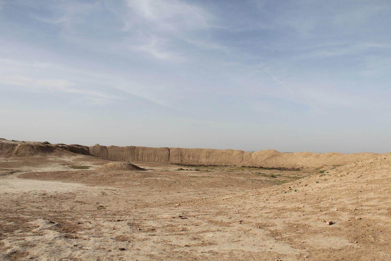トルクメニスタンの旅(18) メルブ遺跡 エルク・カラ、グヤウル・カラ_c0011649_20323995.jpg