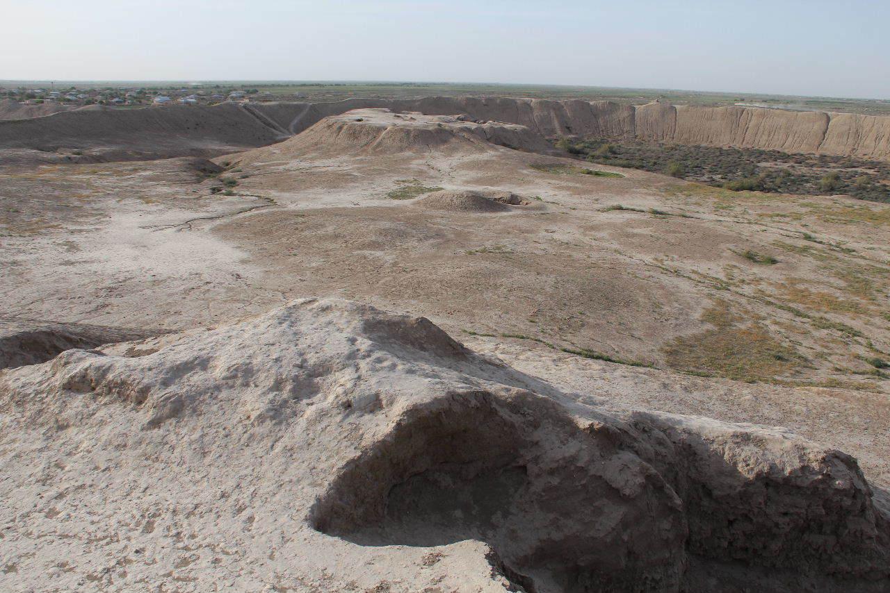 トルクメニスタンの旅(18) メルブ遺跡 エルク・カラ、グヤウル・カラ_c0011649_22462905.jpg