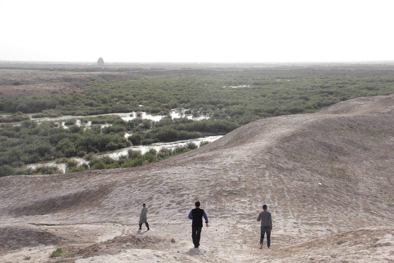 トルクメニスタンの旅(18) メルブ遺跡 エルク・カラ、グヤウル・カラ_c0011649_22481726.jpg