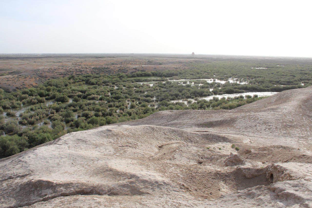 トルクメニスタンの旅(18) メルブ遺跡 エルク・カラ、グヤウル・カラ_c0011649_22523995.jpg