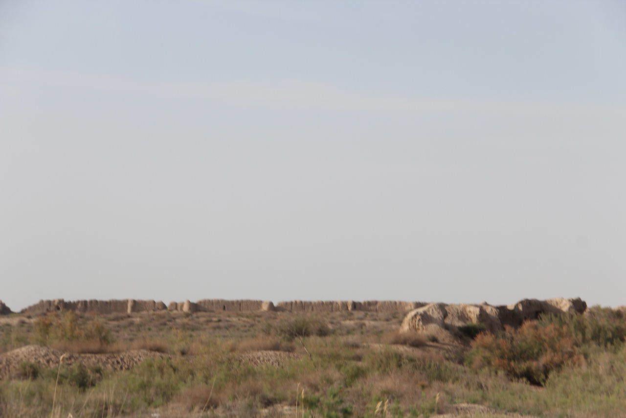 トルクメニスタンの旅(18) メルブ遺跡 エルク・カラ、グヤウル・カラ_c0011649_22562523.jpg