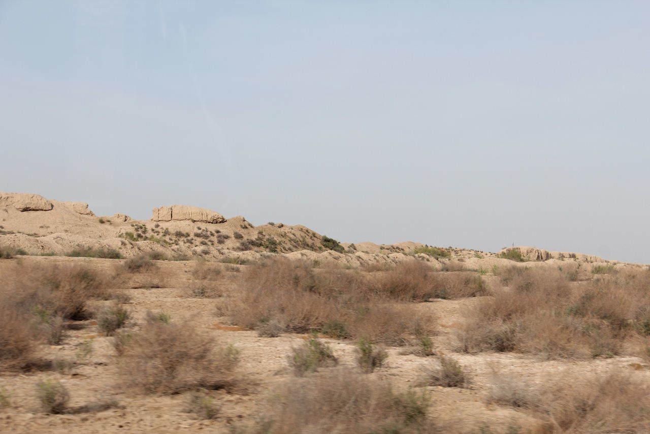 トルクメニスタンの旅(18) メルブ遺跡 エルク・カラ、グヤウル・カラ_c0011649_23004037.jpg